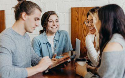 ¿Cómo conseguir clientes universitarios?